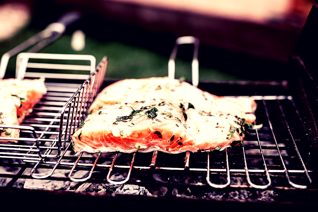 How to grill salmon guide